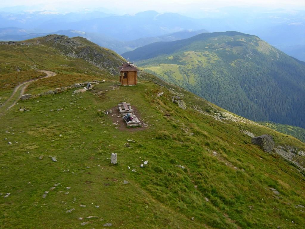 Вершина горы Попиван